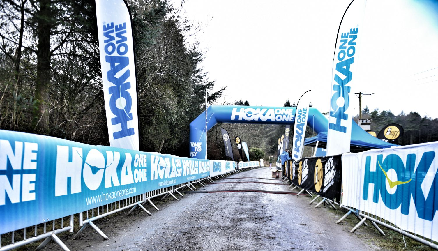 This is the image of the starting setup of the Hoka one one Half Marathon